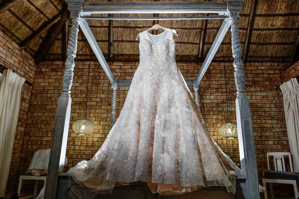 >17 Stunning Wedding Gown Trends for 2020 Brides
